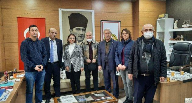 CHP'DEN, KGİD'E '10 OCAK ÇALIŞAN GAZETECİLER GÜNÜ' ZİYARETİ