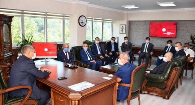 Eğitim Öğretim Değerlendirme Toplantısı Vali Gürel Başkanlığında Gerçekleştirildi