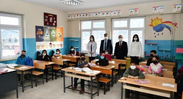 Köy Okulları ve Anaokullarda Yüz Yüze Eğitim Başladı