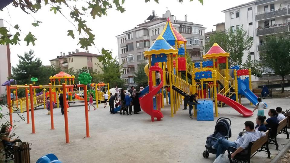 Barış Manço Parkı Çocukların Gözdesi Oldu