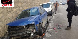 Karabük'te, gizli buzlanma nedeniyle 10 maddi hasarlı trafik kazası meydana geldi.